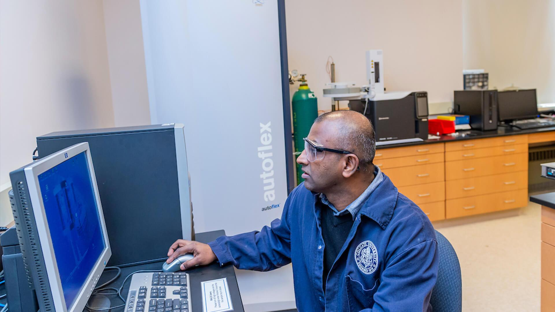 Professor Mahendran Adaickapillai works with the Bruker Daltonics Autoflex MALDI-TOF mass spectrometer