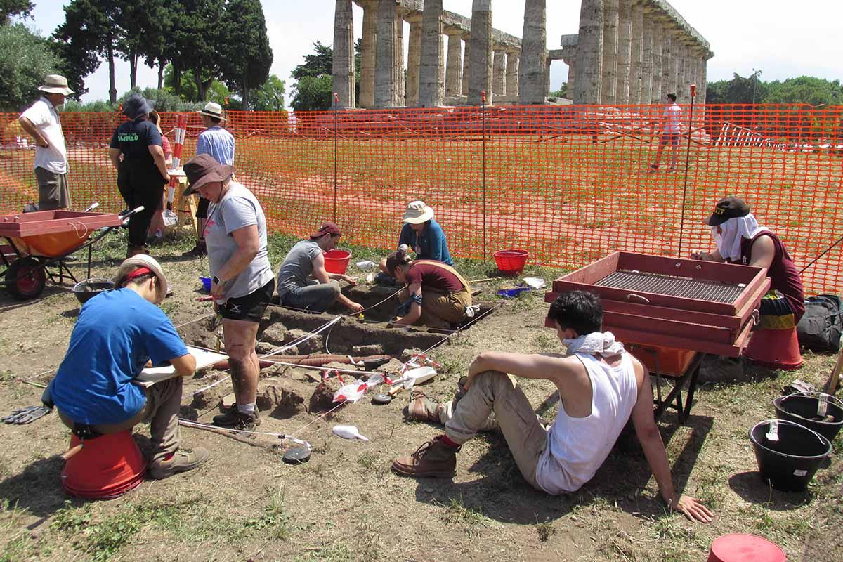Colgate students participate in an archeological project at the ancient Greek city of Paestum in Southern Italy.