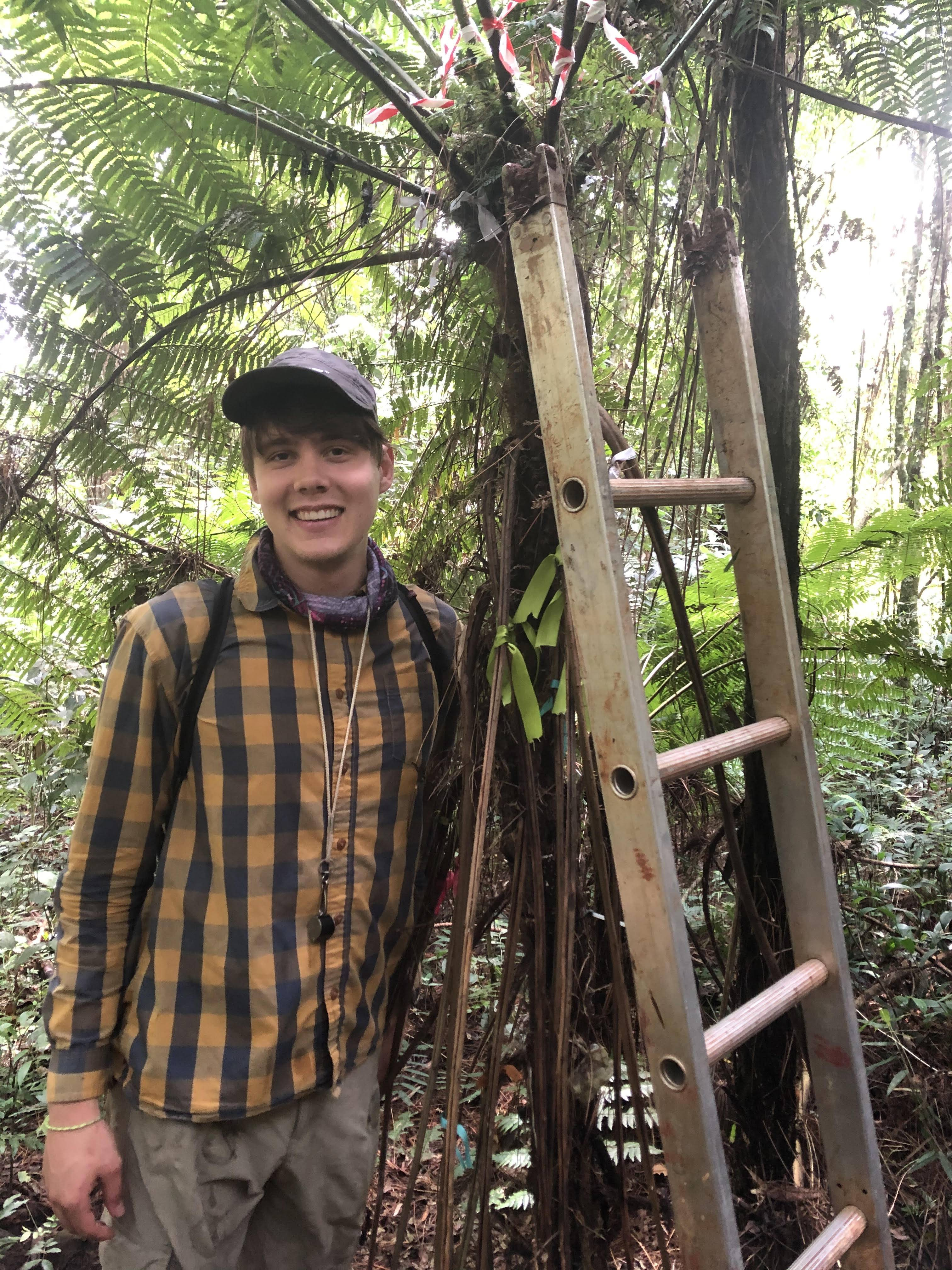 Jacob Watts '21: Exploring Tropical Fern Research Methods and Learning Spanish