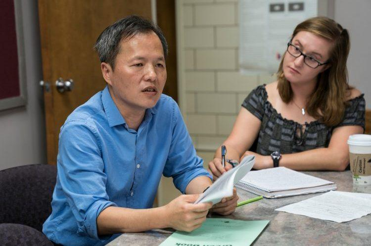Wan-chun Liu, Assistant Professor of Neuroscience, teaches a class.